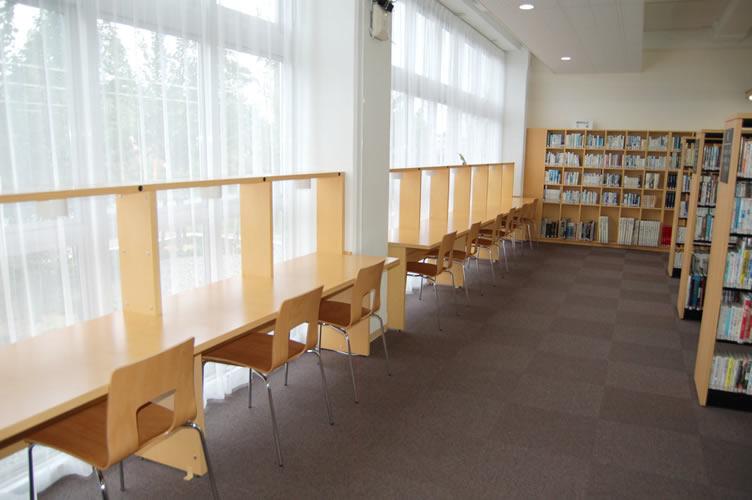 中山町立図書館ほんわ館