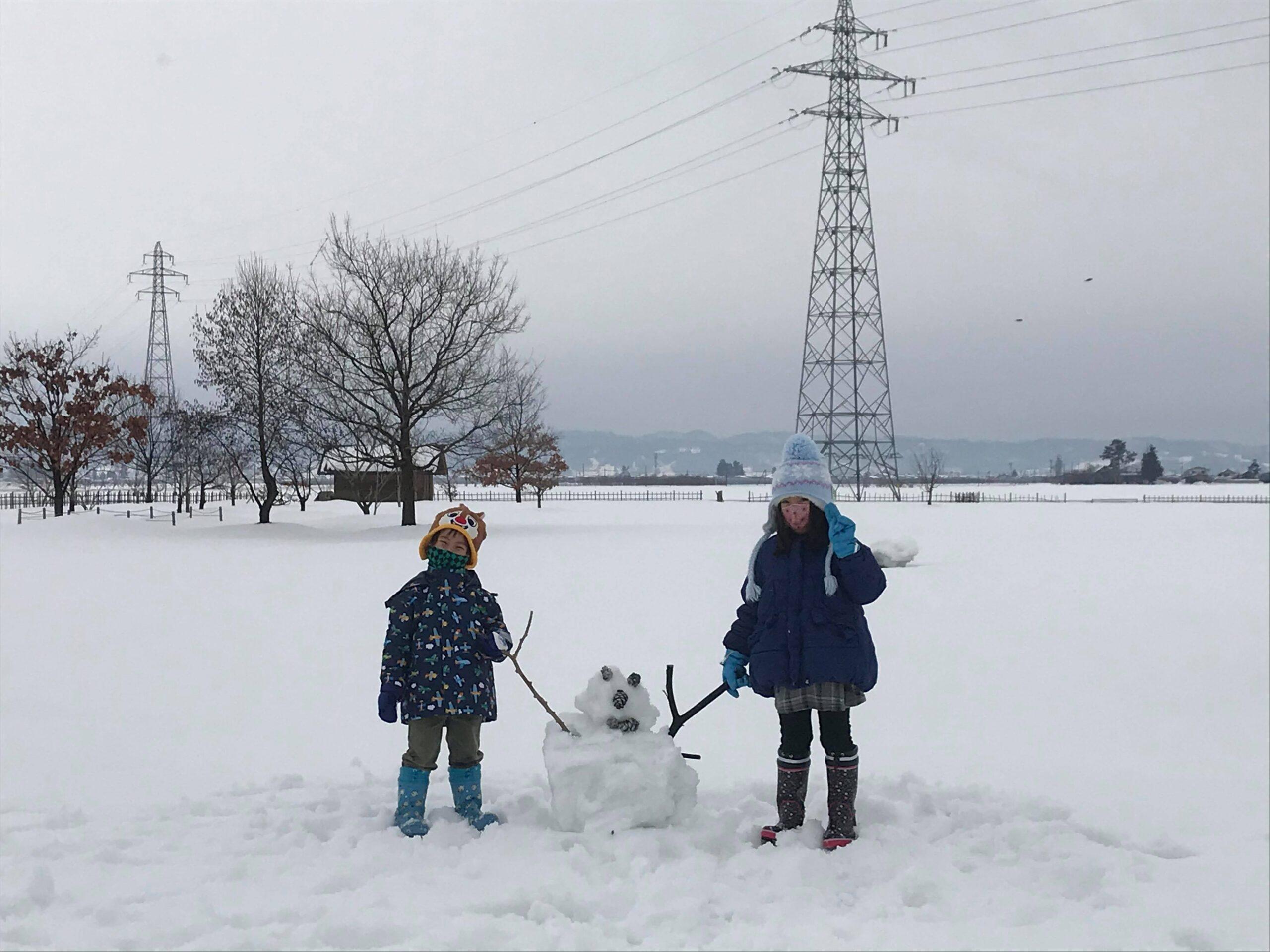 雪遊びをした子どもたち